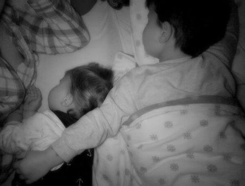 Skupno spanje - brat in sestra
